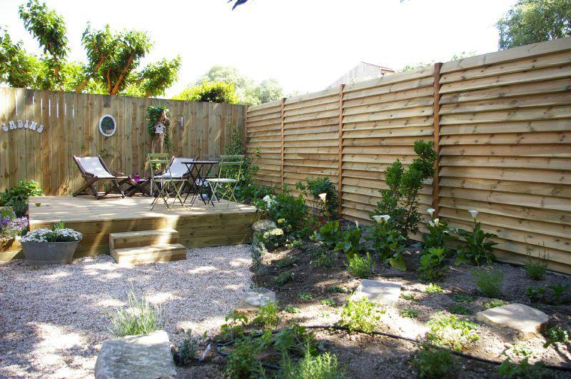 am nager son jardin avec bois l 39 esprit des jardins ForAmenager Son Jardin En Provence